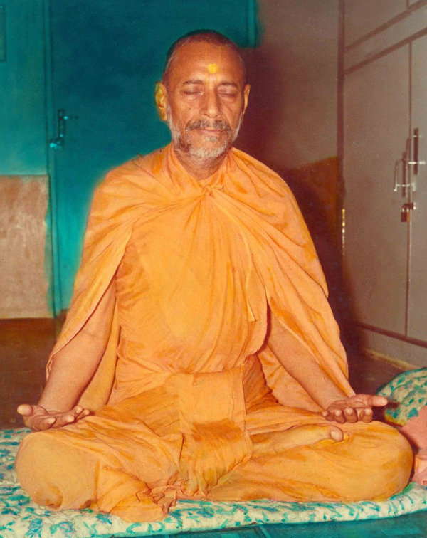 Jeevanpran Swamibapa meditating continuously for 61 days