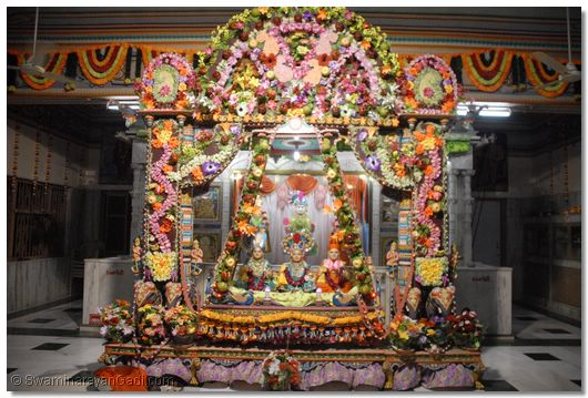 Temple Decoration At Home With Flowers