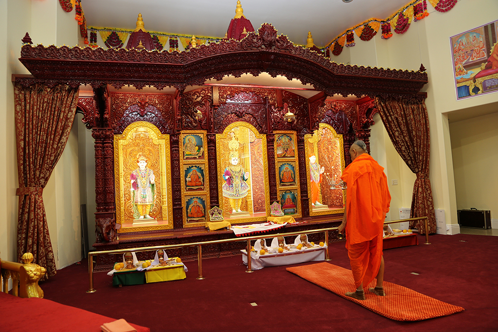 Grand opening of Shree Swaminarayan Mandir, Los Angeles, California, USA
