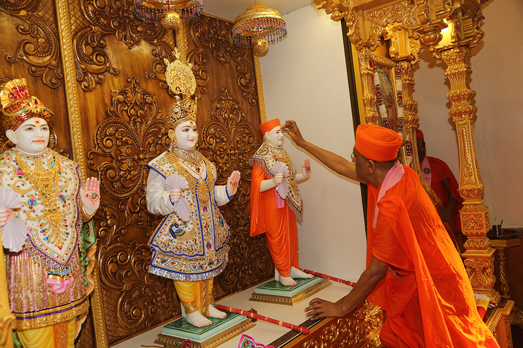 Grand opening of Shree Swaminarayan Mandir, Toronto, Canada