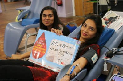 Disciples and members of the local community donate blood