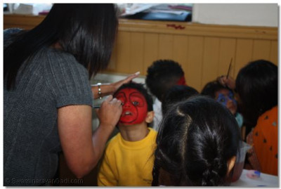 Face painting for all.