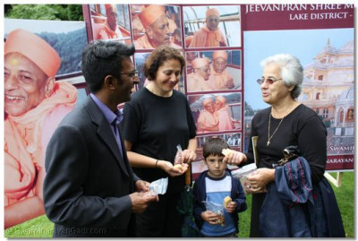 Tourists ask about Jeevanpran Swamibapa last visit to the Lake District