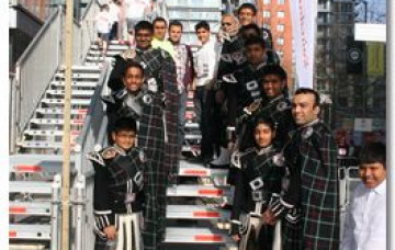 Shree Swaminarayan Gadi Pipe Band Goes the Extra Mile for Sports Relief 2012