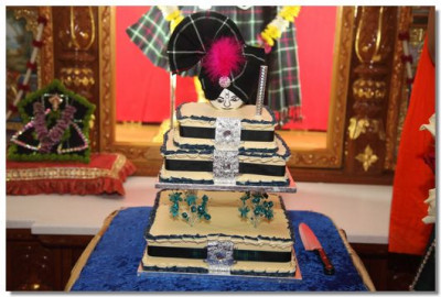 Cake offering to Lord Swaminarayan