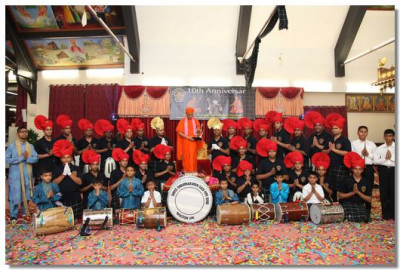 Shree Swaminarayan Gadi Pipe Band 10th Anniversary celebrations