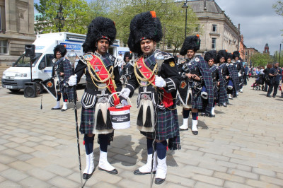 Shree Swaminarayan Pipe Band collecting donations for victims of Nepal Earthquake