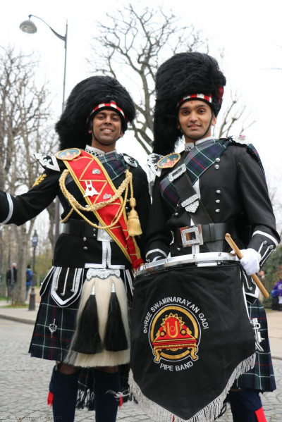 Members of Shree Muktajeevan Swamibapa Pipe Band Bolton