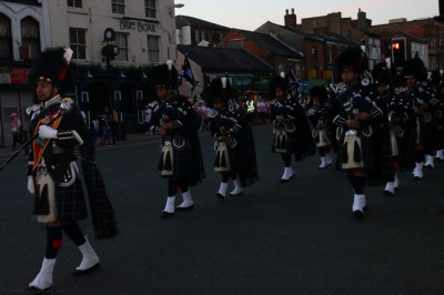 Shree Muktajeevan Swamibapa Pipe Band Bolton perform