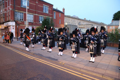 Shree Muktajeevan Swamibapa Pipe Band Bolton perform during the midnight walk