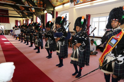 Shree Muktajeevan Swamibapa Pipe Band Bolton perform in the mandir hall