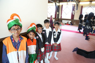 Young disciples prepare to celebrate Indian independence day