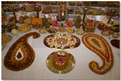 Grand Annakut was prepared for Lord Swaminarayanbapa Swamibapa
