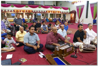 Disciples gathered for Jeevanpran Shree Abjibpashree Birthday Celebration(Prabodhini Ekadashi)