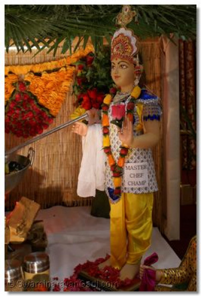 Divine darshan of 'Master Chef Champion' Lord Shree Swaminarayan