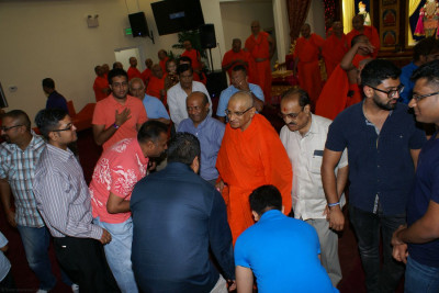 Everyone was blessed by HDH Acharya Swamishree at the conclusion