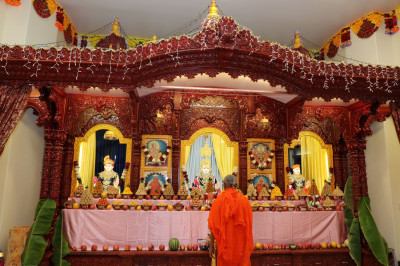 Grand annkoot was offered to lord Shree Swaminarayan