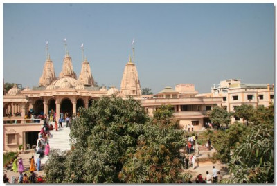 The magnificent new temple in Surat