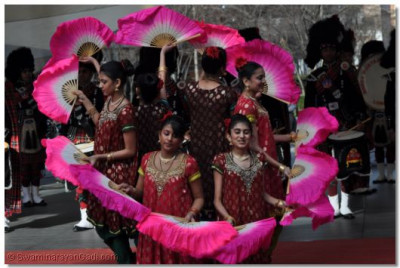 Young girls from Shree Muktajeevan Dance Academy in performance