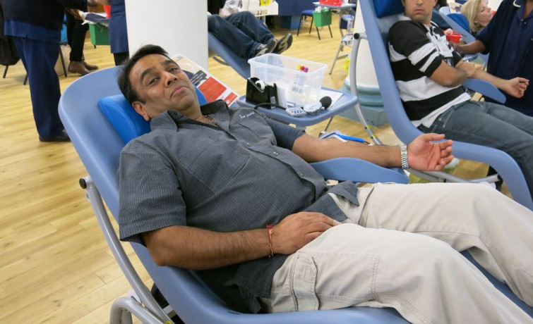 Shree Swaminarayan Mandir Kingsbury Blood Donation - Sunday 17 November 2013