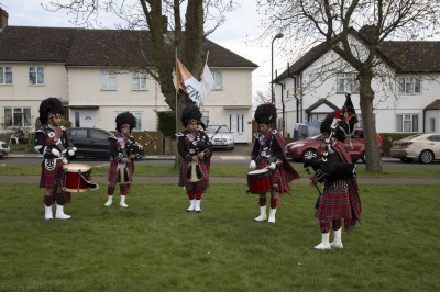 Members of Shree Muktajeevan Pipe Band perform as local residents run the mile, 3 miles or 6 miles for Sport Relief 2014