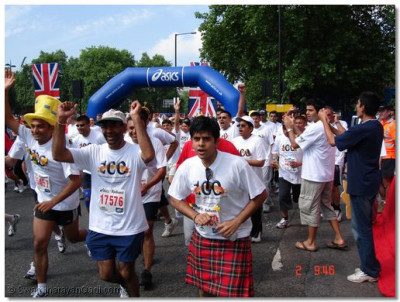 Over 50 members of the Temple congregation took part in the British 10k Run in London