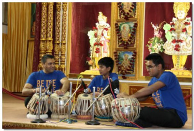 Members of the Shree Mukta Orchestra perform a tabla routine