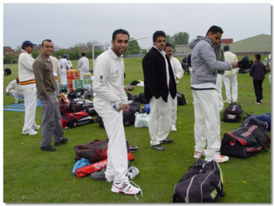 Teams preparing for batting