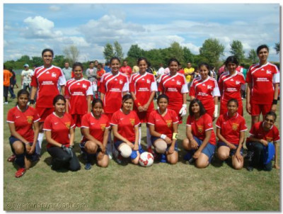 Competition semi-finalist - Swamibapa Football Club Ladies team with Bhuva Construction