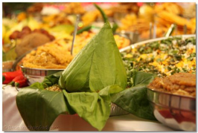 A variety of different dishes and snacks offered to please Lord Shree Swaminarayanbapa Swamibapa