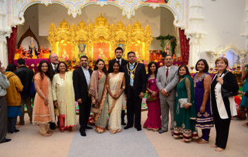 Shree Swaminarayan Mandir Kingsbury - Diwali and New Year Celebrations 2014