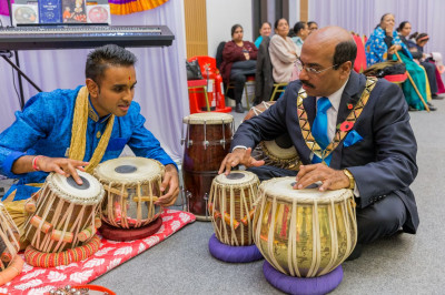 Mayor of Brent, Parvez Ahmed tries his hand on tabla