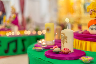 A close up of one of the many decorated candles