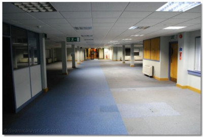 A photo of one floor of the 'New Wing', in which open plan offices previously existed. There are three such floors in the 'New Wing'