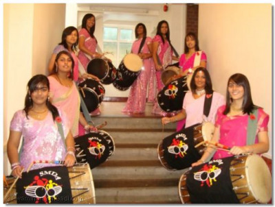 The ladies of Shree Muktajeevan Dhol Academy