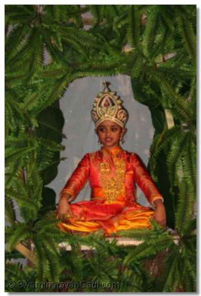 Vah Re Ghanshyam - the story of the Lord Deliberating. Lord Ghanshyam sits in a tree.