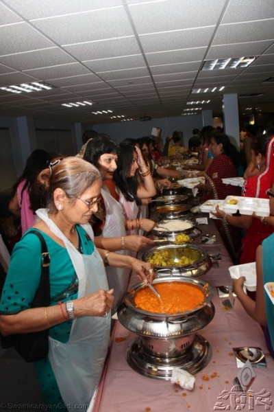 Disciples serving prasad lunch