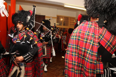 Shree Muktajeevan Pipe Band London performs