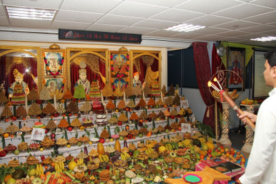 Annakut aarti is offered to Lord Shree Swaminarayanbapa Swamibapa