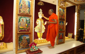 Murti Move and Mahapoojan