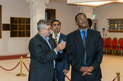 Gordon Greenidge is given a tour of the mandir