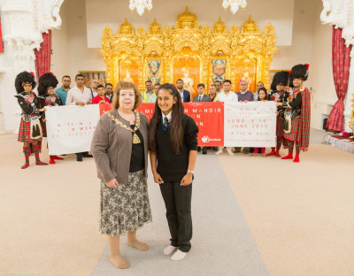 Disciples, members of Shree Muktajeevan Pipe Band, donors and recipients launch the local national blood week campaign