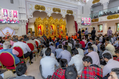 Shree Swaminarayan Mandir Kingsbury is filled to capacity as the celebrations continue
