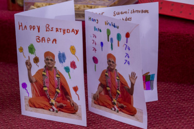 Disciples create cards in celebration