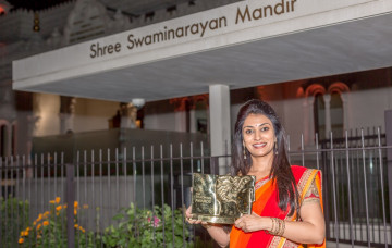 Volunteer Teacher of Shree Muktajeevan Academy of Excellence scoops Pearson Teacher of the Year Award