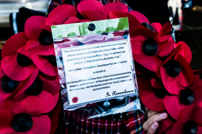 The poppy wreath laid by Shree Muktajeevan Swamibapa Pipe Band on behalf of His Divine Holiness Acharya Swamishree