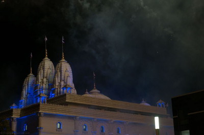 Shree Swaminarayan Mandir Kingsbury as the fireworks display concludes