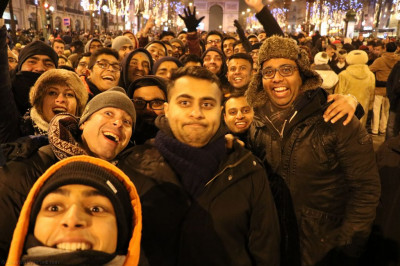 Disciples celebrate new year's eve in Paris
