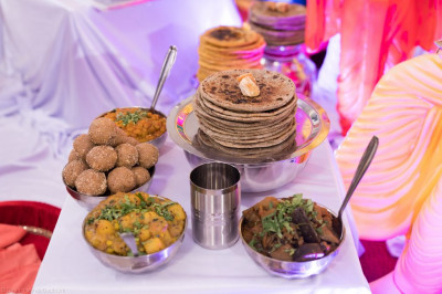 Delicious shakotsav dishes are offered to the Lord