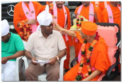 Ali Hassan Joho, MP of Kisauni blessed with tilak